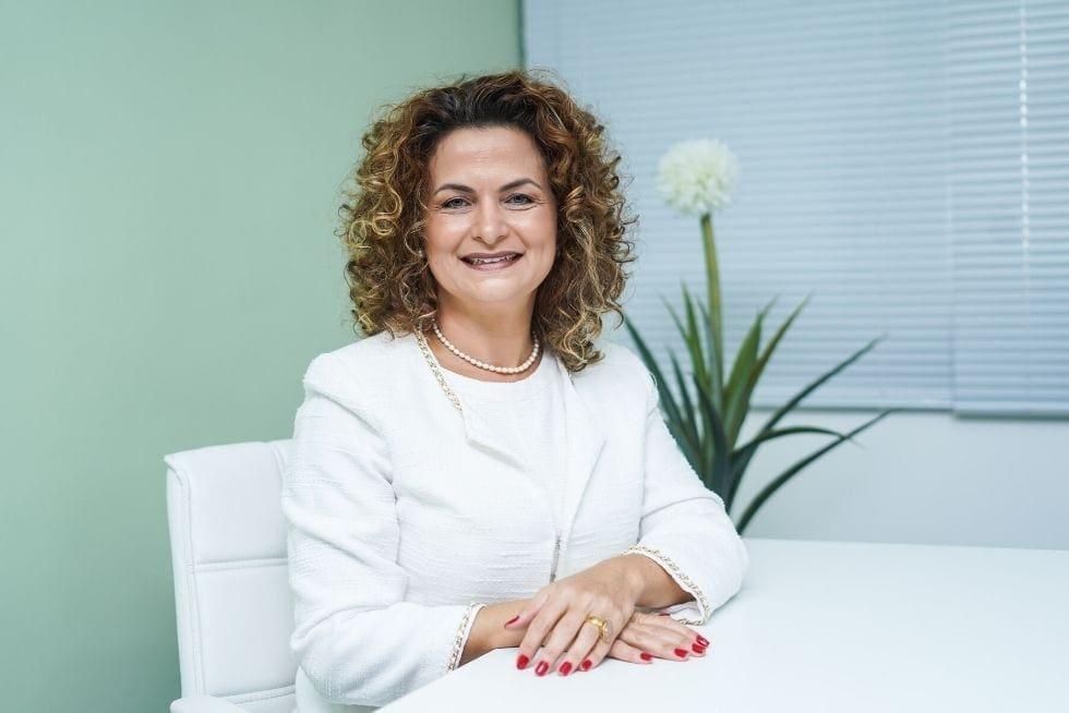 """Coluna da Dra. Adriana Brasil: """"Em 2050 metade da população terá câncer"""""""