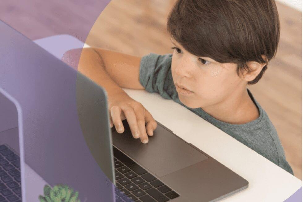 Como a necessidade da educaçãomove o desenvolvimento tecnológico?